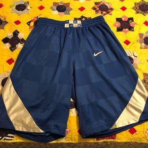 Men's Kentucky Basketball Shorts.